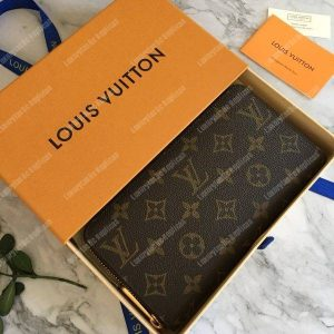 LV Discovery Backpack PM Taiga Leather Monogram Noir