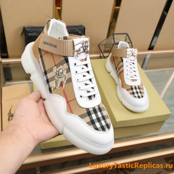 27.Burberry generous and comfortable flat shoes casual shoes men's shoes (3)