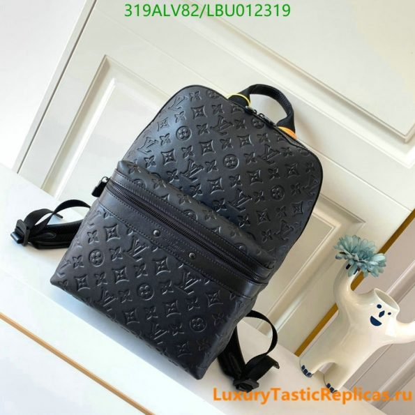 Louis Vuitton's best quality backpack mountaineering bag men and women backpack travel bag LV bags M44727 (1)